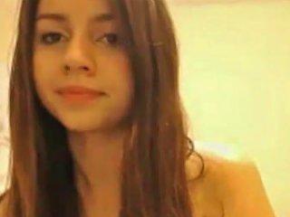 Amateur Cam Pretty Naughty Brunette Teen Girl Feeling Horny